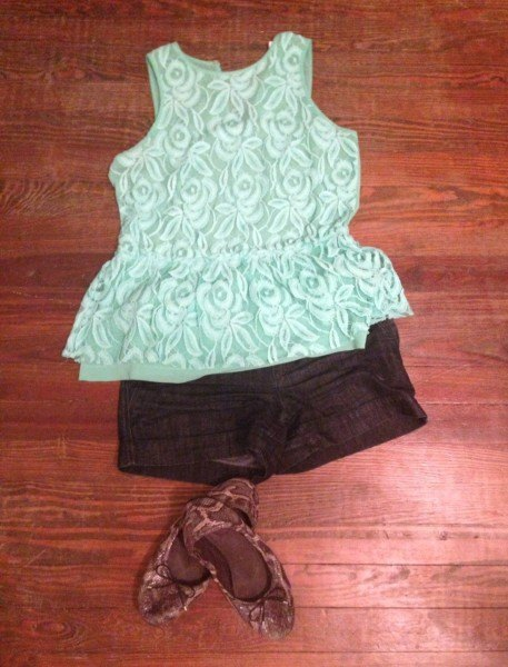 Peplum lace top from Zara & jean shorts from Loft. Paired with snakeskin flats because we'll be doing lots of walking!