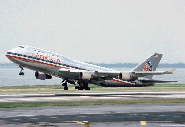 aa 747 luxury liner